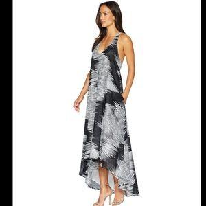 NWT Kenneth Cole Linear Wave Dress